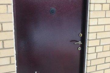 Двери металлические входные утепленные