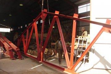 Монтаж металлических ферм