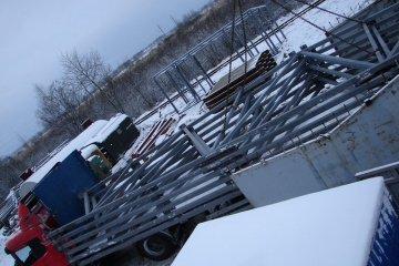 Транспортировка металлических ферм