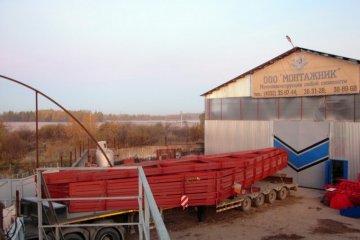 Металлические балки фермы колонны