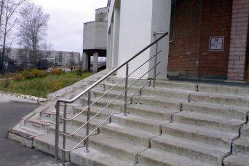 Входные лестницы из нержавеющей стали