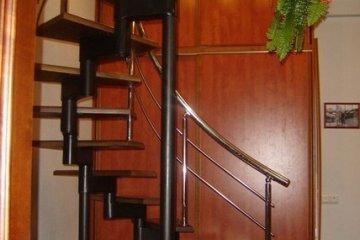 Перила для винтовой лестницы из нержавейки