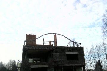Изогнутые балки на крышу